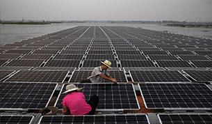 Floating-solar-installation